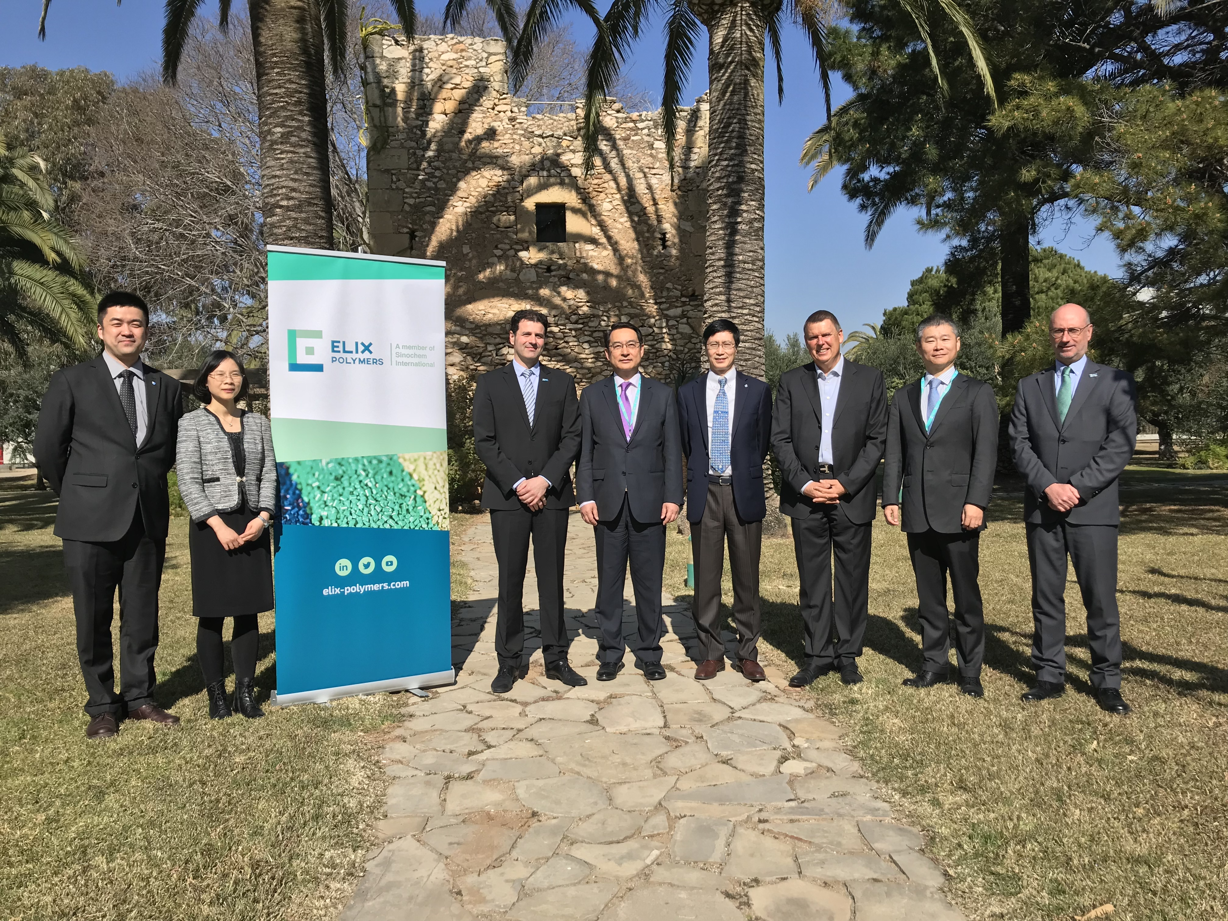 Chinese Ambassador Spain visits ELIX Polymers facilities
