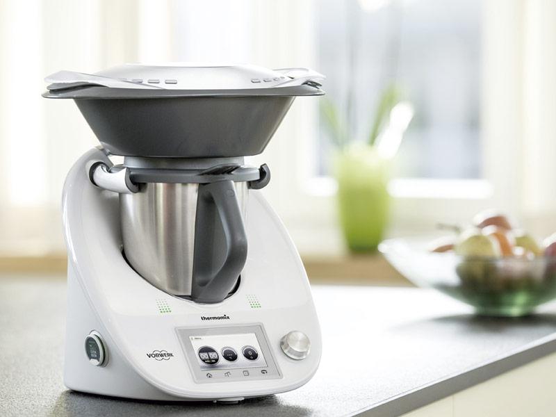 Vorwerk elige la excepcional el blend de ABS 5120 de ELIX para el robot de cocina Thermomix y otorga a ELIX Polymers el estado de proveedor de nivel «A»
